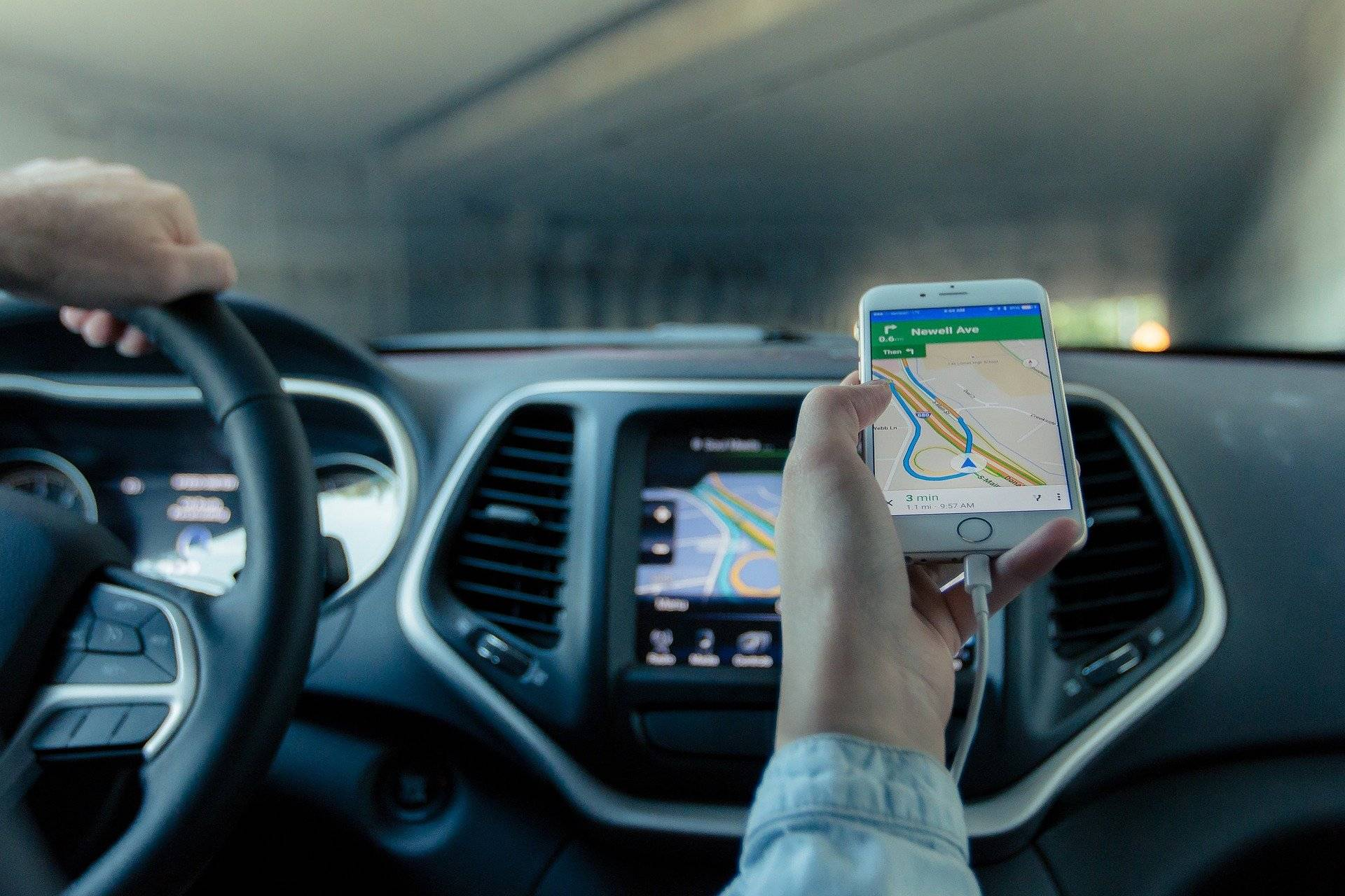 Route Optimization Apps for Android and iOS: Why do you need it to work on both?