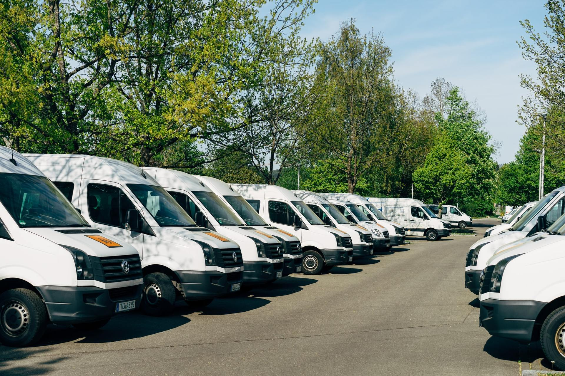 Internal vs. External Delivery Fleet: Everything You Need to Know